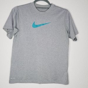 Nike Dri Fit Boys Legend Tee in Cool Grey Size Med